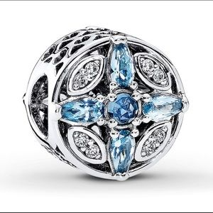 Pandora Patterns of Frost Charm